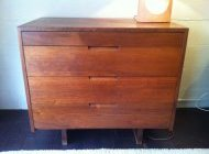 George NAKASHIMA commode 4 tiroirs
